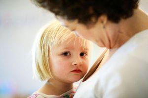 علائم ارتباطی کودکان اوتیسم